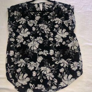 Short sleeve blouse top
